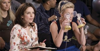 Neither Tina Fey Nor Amy Poehler Seem Invested in 'Baby Mama,' Their Surrogate-Mommy Comedy
