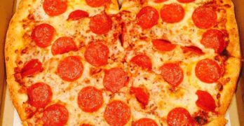 Eat This Now: Heart-Shaped Pizza at La Pizzeria