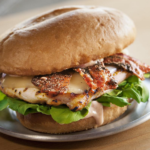 Free Chicken Burgers at Red Robin To Anyone Who Shares Name With Santa