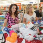 Sisters Isn't Brilliant, But Fey and Poehler Make It a Bash