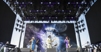 Beyoncé Slays Over 100,000 Fans at Coachella, Giving a New Experience Level to the Mega-Festival