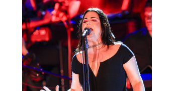 Evanescence and Lindsey Stirling wow fans at FivePoint Amphitheater